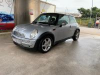 MINI Cooper 1.6 85 kw 2004 god