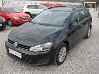VW Golf VII SW 1,6 TDI NAVI ParkPilot Bluetooth AAC 2015. *JAMSTVO