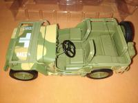 Diecast model Medical Jeep 1941 1/18 Autoworld