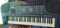 Synthesizer - GoldStar Electronic Keyboard GEK-S420