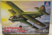 "maketa avion Antonov An-2 ""Anuška"""
