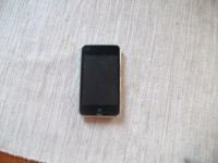 Ipod Touch crni,3 generacija,8 gb