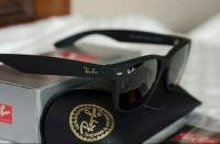 ***Ray Ban wayfarer matt black***