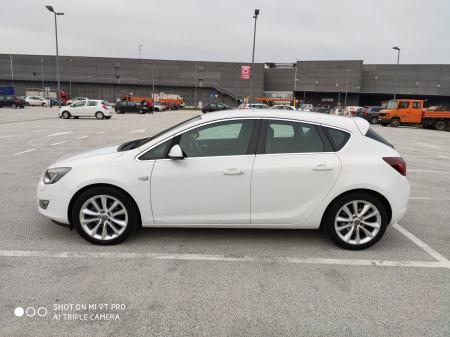 """Opel Astra 2,0 CDTI, 165 KS, """"COSMO"""""""