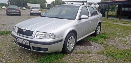 Škoda Octavia 1,4i 16V - 87.000 km . 1.vlasnik - kartice do 60 rata