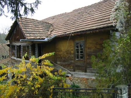 hrastova drvena kuca za preseliti (prodaja)