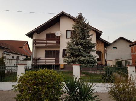 Kuća: Vinkovci, visoka prizemnica, 160 m2 + 176m2