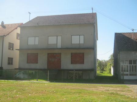 Kuća: Višnjevac, katnica 480 m2/ IDEALNA ZA STARAČKI DOM (za 20 osoba)