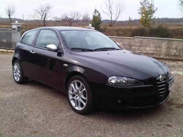 alfa romeo 147 1 9 jtd 150ks blackline 2007 god. Black Bedroom Furniture Sets. Home Design Ideas