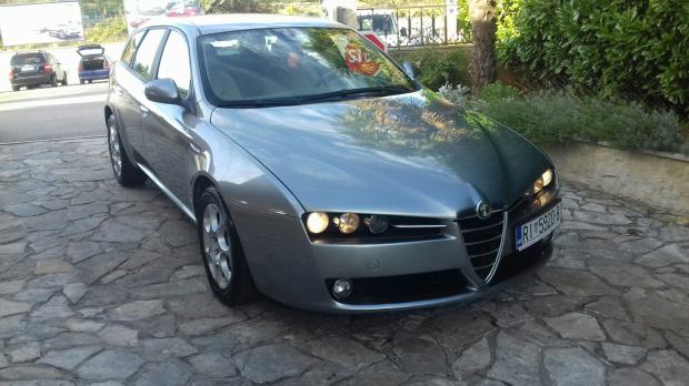 alfa romeo 159 sw 2 0 jtdm 170 ks registriran do 08 2018 2009 god. Black Bedroom Furniture Sets. Home Design Ideas