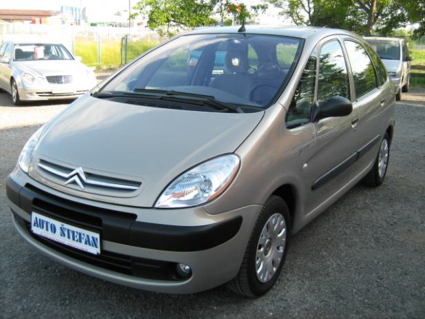 citroen xsara picasso 2 0 hdi 2005 god 2005 god. Black Bedroom Furniture Sets. Home Design Ideas