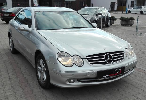 mercedes clk coupe 270 cdi top stanje 2005 god. Black Bedroom Furniture Sets. Home Design Ideas