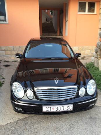 mercedes e klasa w211 320 cdi novi sbc panorama 2003 god. Black Bedroom Furniture Sets. Home Design Ideas