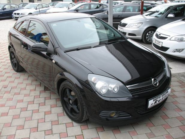 opel astra coupe 1 4 16v gtc black edition alu klima abs 2008 4900 2008 god. Black Bedroom Furniture Sets. Home Design Ideas