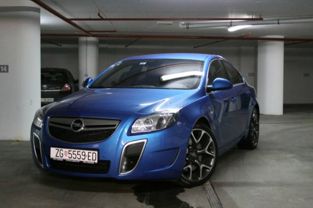 opel insignia 2 8 v6 turbo opc 2010 god. Black Bedroom Furniture Sets. Home Design Ideas