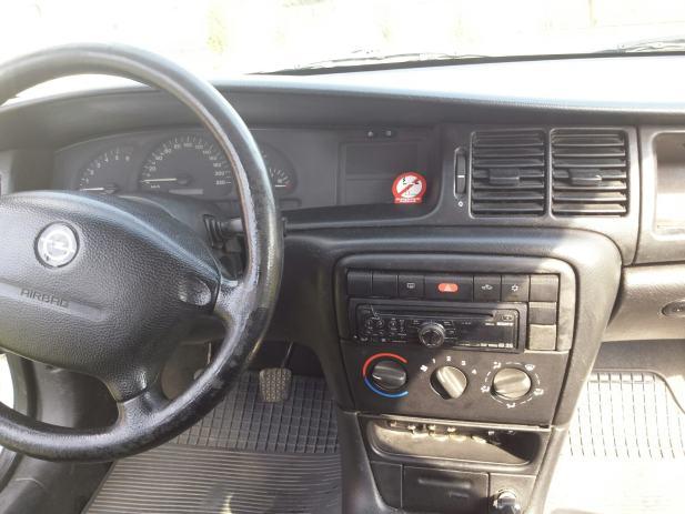 Opel Vectra Karavan Caravan GL 2,0 DI 16V zamjena za cafe