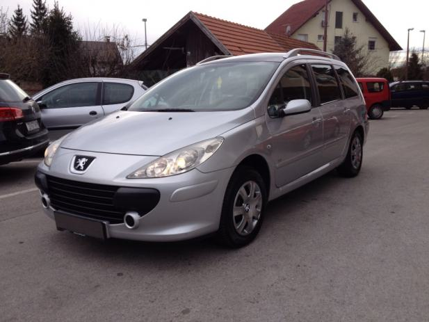 peugeot 307 sw 1 6 hdi 90 panorama 7 sjedala 157 000 km 2005 god. Black Bedroom Furniture Sets. Home Design Ideas