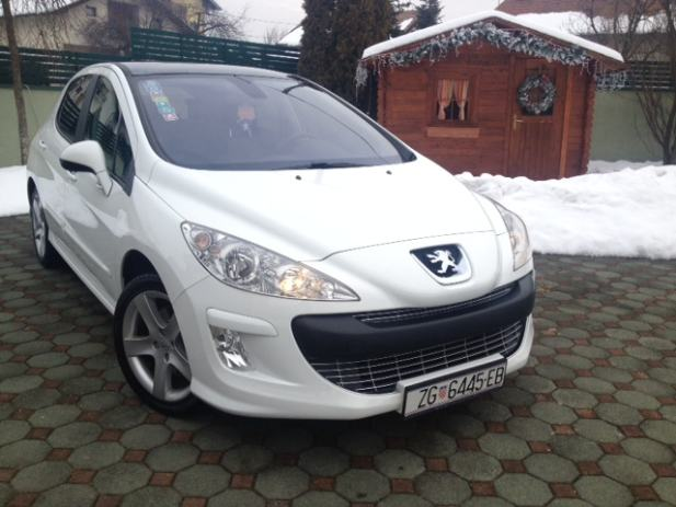 peugeot 308 registriran premium sport edition 2 0 hdi zimske gume 2008 god. Black Bedroom Furniture Sets. Home Design Ideas