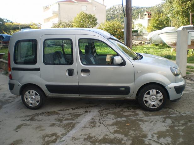 renault kangoo 1 5 dci 2006 god. Black Bedroom Furniture Sets. Home Design Ideas