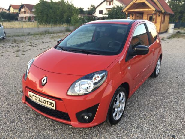 renault twingo 1 5 dci rip curl klima panorama krov extra stanje 2010 god. Black Bedroom Furniture Sets. Home Design Ideas