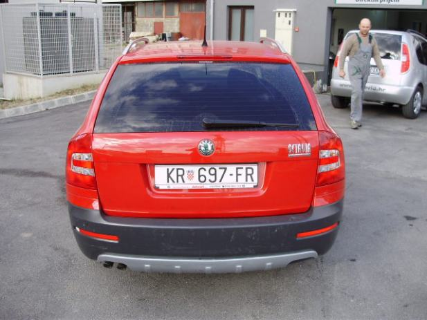 skoda octavia combi scout 4x4 2 0 tdi 2008 god. Black Bedroom Furniture Sets. Home Design Ideas