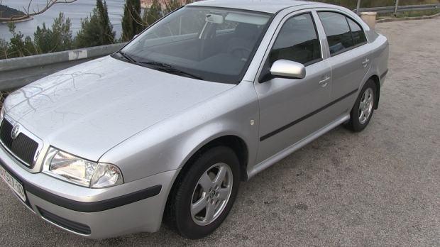 Škoda octavia tour 1.6, benzin + plin, cijena fiksna, 2005 god.