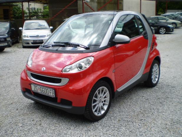 smart fortwo coupe 0 8 cdi passion automatik 2009 god. Black Bedroom Furniture Sets. Home Design Ideas