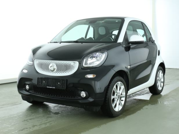 smart fortwo coupe 52kw automatik automatik 2016 god. Black Bedroom Furniture Sets. Home Design Ideas
