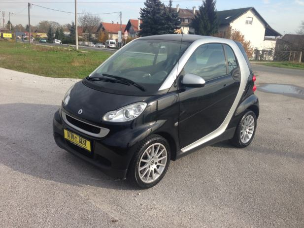 smart fortwo coupe cdi passion automatik 2007 god. Black Bedroom Furniture Sets. Home Design Ideas