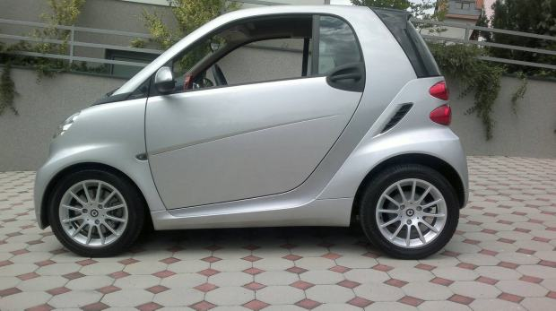 smart fortwo coupe passion automatik 2011 god. Black Bedroom Furniture Sets. Home Design Ideas