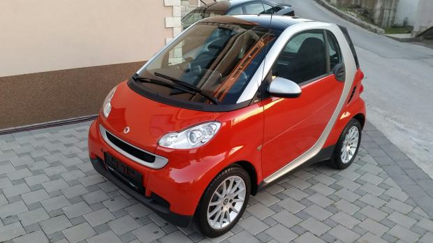 smart fortwo passion 52kw automatik 2007 god. Black Bedroom Furniture Sets. Home Design Ideas