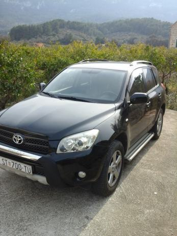 toyota rav4 2 0 vvt i automatik 2006 god. Black Bedroom Furniture Sets. Home Design Ideas