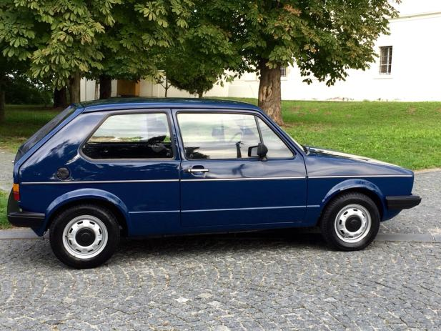 vw golf i 1 6 dizel 1985 godina reg 5mj 2016 godine sa uvan 1985 god. Black Bedroom Furniture Sets. Home Design Ideas
