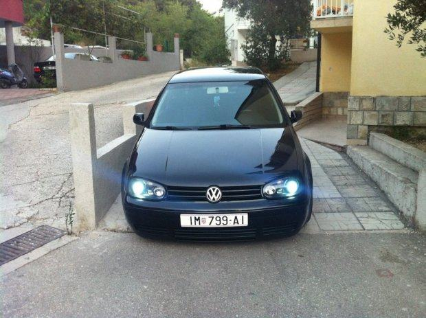 vw golf iv 1 9 tdi full xenon hitno 2002 god. Black Bedroom Furniture Sets. Home Design Ideas