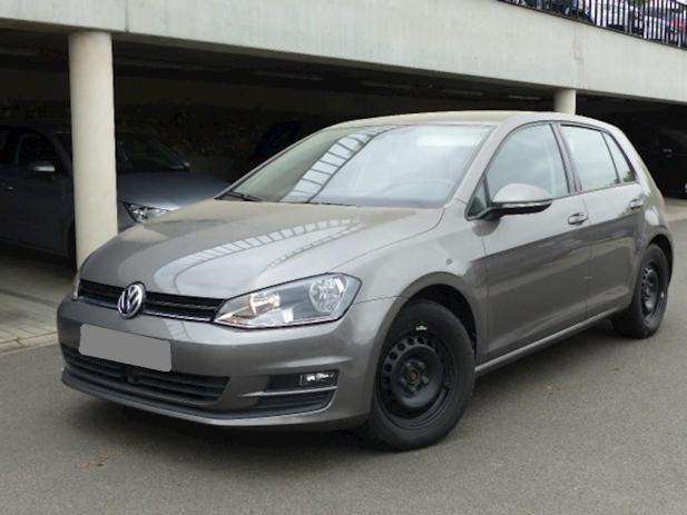 vw golf vii 1 6 tdi alu navi 2xpdc aac tempomat bluetooth. Black Bedroom Furniture Sets. Home Design Ideas