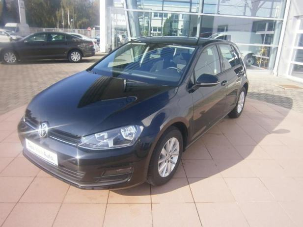 vw golf vii 1 6 tdi kredit leasing akcija 2015. Black Bedroom Furniture Sets. Home Design Ideas