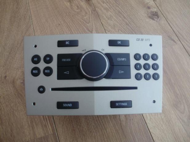 opel orginal radio blaupunkt cd30 mp3. Black Bedroom Furniture Sets. Home Design Ideas