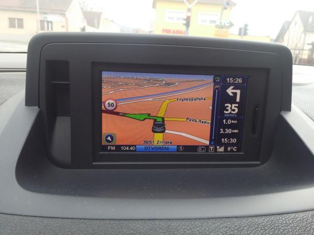 Renault navigacija Europa2018 +Video Player +speedcams,SD kartica 8gb
