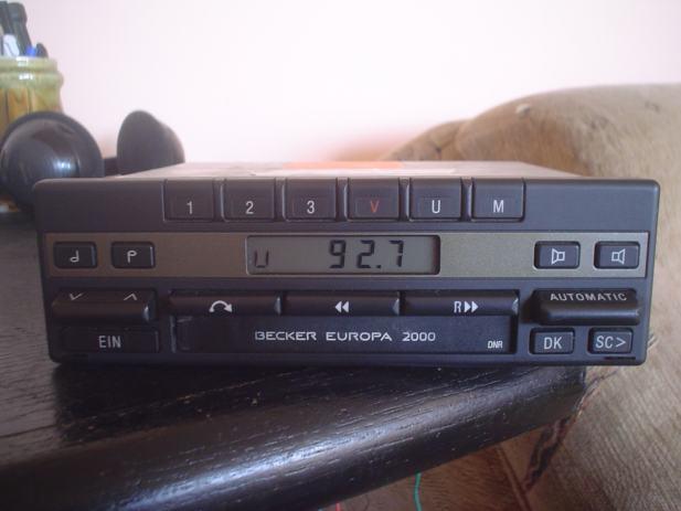 mercedesov orginalni autoradiokazetofon becker europa 2000. Black Bedroom Furniture Sets. Home Design Ideas