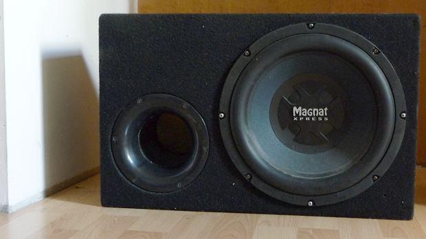 subwoofer magnat xpress 1201 bass reflex kutija poja alo. Black Bedroom Furniture Sets. Home Design Ideas