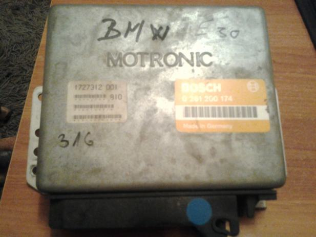 kompjuter motora Motronic BMW E30