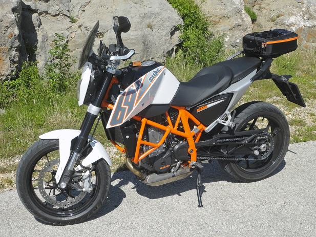 ktm 690 duke registriran na 30 kw pogodan za a2 kategoriju 2013 god. Black Bedroom Furniture Sets. Home Design Ideas