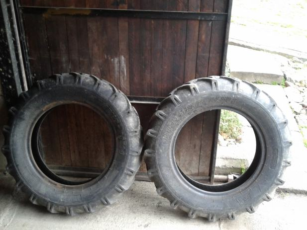 Prednje gume za traktor 7.50 - 20
