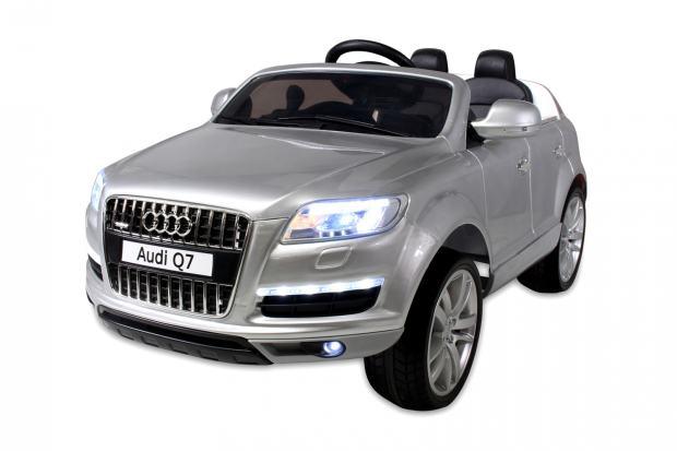 audi q7 elektro dje ji auto jeep akumulator 45w 12v lakirani. Black Bedroom Furniture Sets. Home Design Ideas