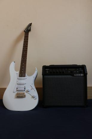 El  gitara Ibanez + combo pojačalo Spider30 v LINE6 !!