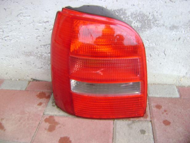 Audi A4 2000.g. karavan, zadnje lijeva lampa