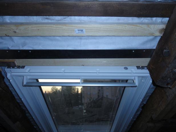 prodajem krovni prozor velux ggu mk06 0070 laminirano staklo. Black Bedroom Furniture Sets. Home Design Ideas