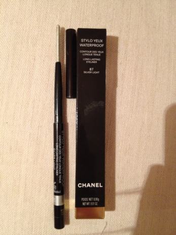 Chanel olovka za oci Silver Light boja