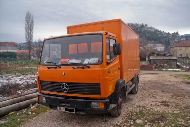 Kamioni Mercedes http://www.njuskalo.hr/mali-kamioni/mercedes-814