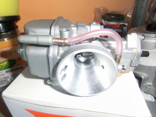 Karburator Racing 21mm - ravan klizac Piaggio Aprilila